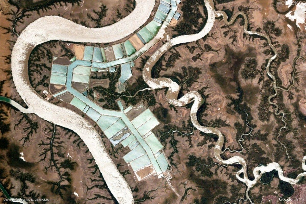 google-earth-un-paylastigi-mukemmel-yeryuzu-goruntuleri-Mahajanga Kırsalı, Madagascar-kadirblog